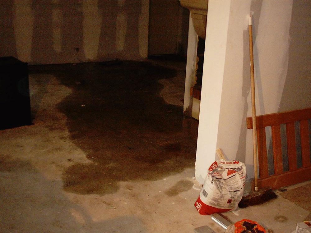 diagnostic humidit suite un d g t des eaux isosec. Black Bedroom Furniture Sets. Home Design Ideas