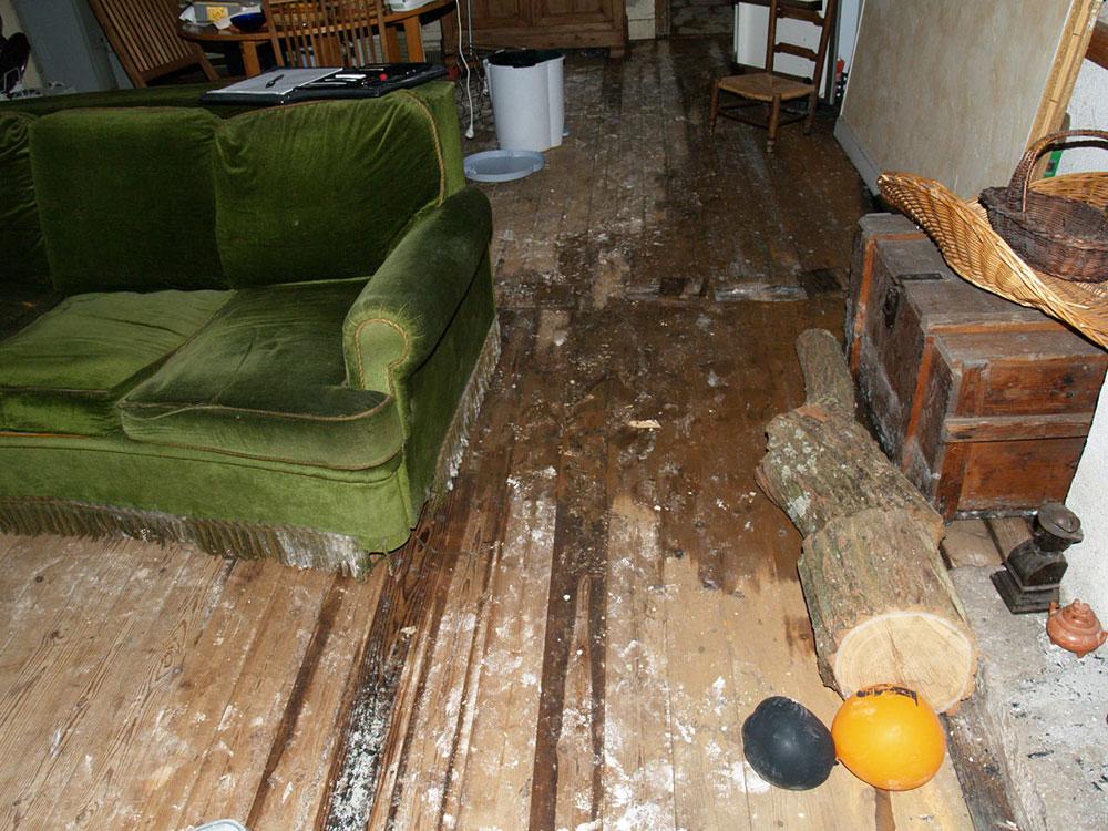 les causes d 39 un d g t des eaux isosec. Black Bedroom Furniture Sets. Home Design Ideas